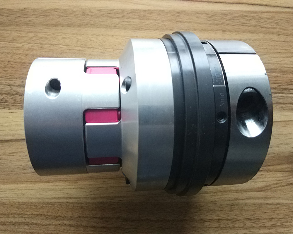 B-axis protection clutch